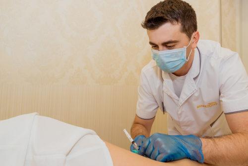 Проведення процедури склеротерапія - найшвидша можливість позбутися від перших проявів варикозу, вен і судин на ногах