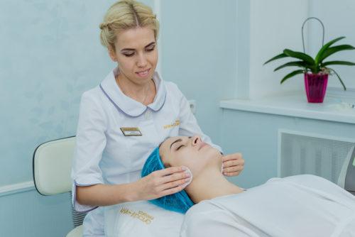 Регулярний косметологічний догляд за шкірою - основа молодості і красиЛікаріклініки АНА-КОСМО підберуть індивідуальне рішення Вашої задачі
