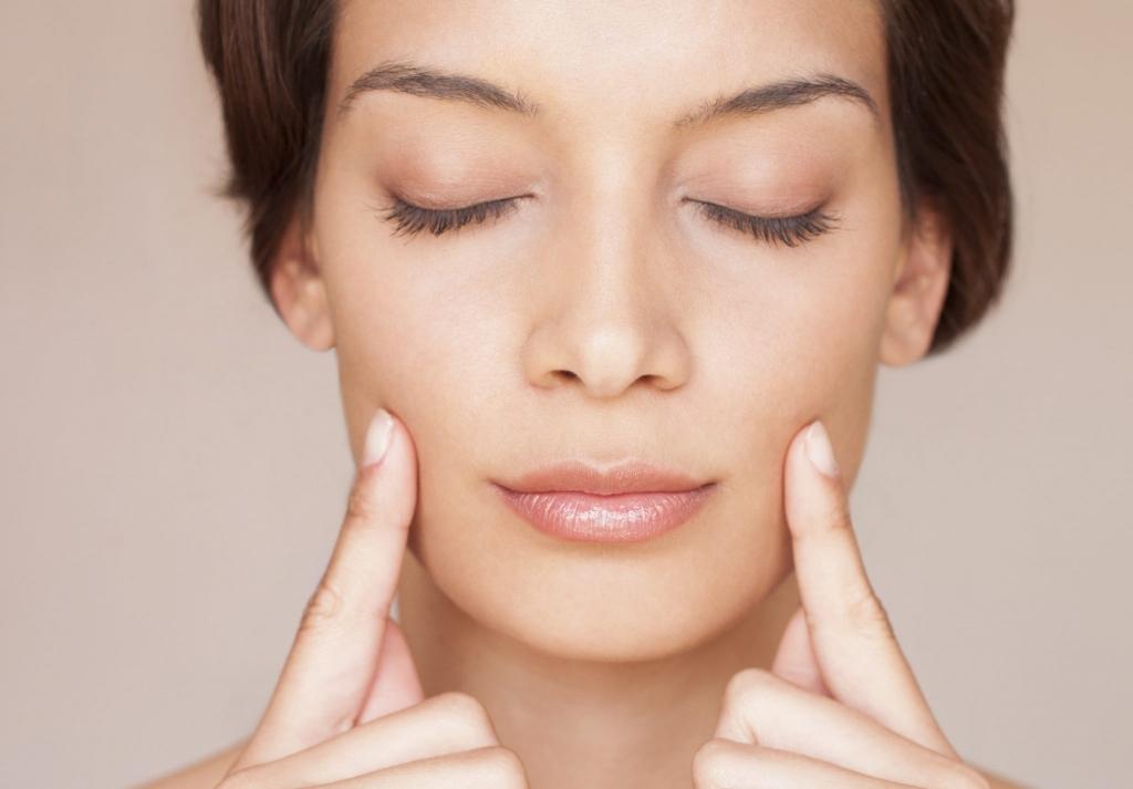 Стоп носогубка: убираем морщины с помощью контурной пластики